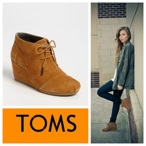 TOMS Desert Wedge BOOTS Booties Suede Tan Sz 10